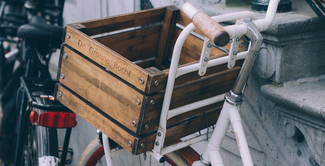 gebrauchtes Fahrrad mit upcycling Fahrradkorb